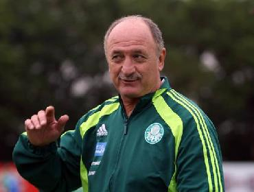 Felipão avançando com o Palmeiras