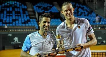 Thomaz Bellucci e Rogerinho perdem final de duplas no Rio Open