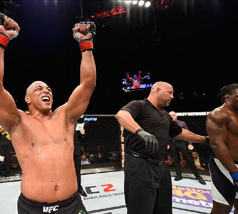 UFC 230: MARCOS PEZÃO VOLTA AOS PESADOS COMO FAIXA PRETA DE JIU-JÍTSU