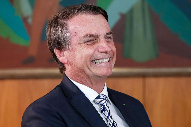 Todas as grandes mídias reunidas contra Bolsonaro, porém os Brasileiros e as redes sociais estão do lado dele.