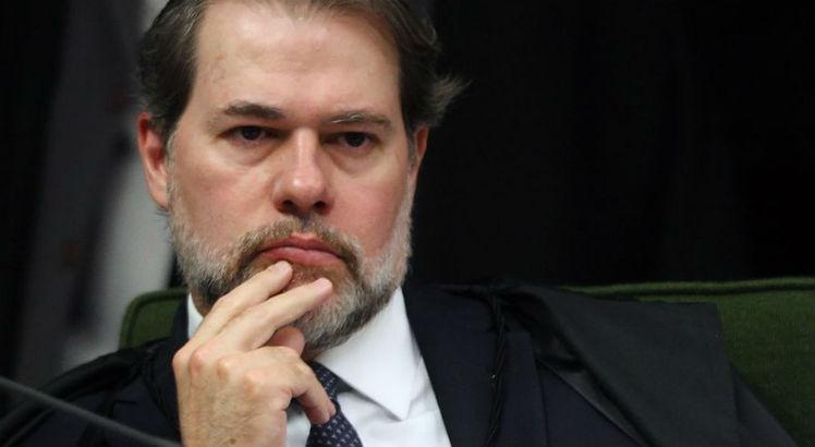Toffoli deixa para Barroso decisão sobre inquérito dos Portos
