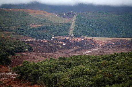 Governo planeja anunciar pagamento antecipado de benefício do INSS em Brumadinho